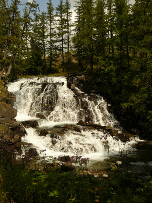 claree-cascade-nevache