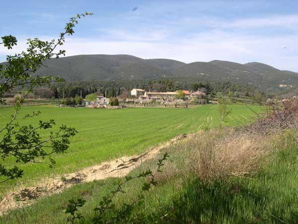 hameau de Belle Viste du côté de Cucuron