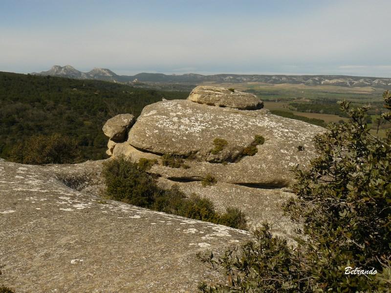 Vue sur les Alpilles depuis les hauteurs de Lamanon