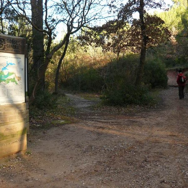 Départ du circuit à Roques-Hautes