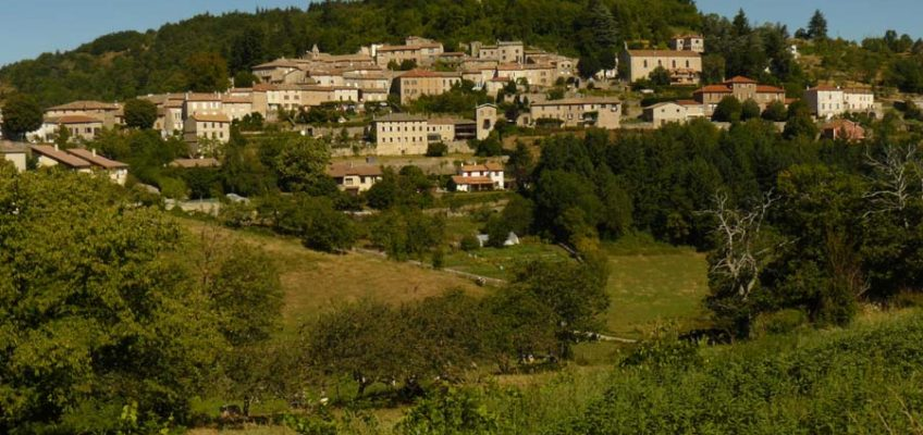 Circuit du sentier des enfants à Chalencon en Ardèche