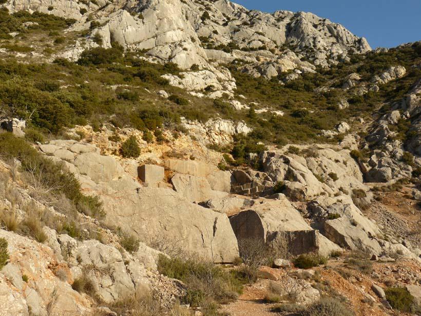 Une des carrières de marbre de Sainte-Vicoire