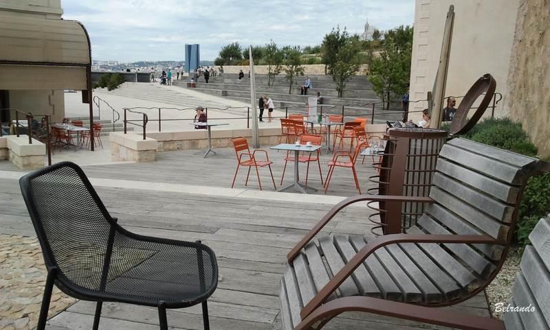 Terrasse du fort Saint-Jean