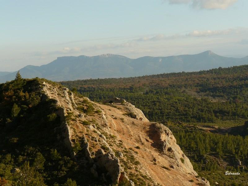 Les Monts Auréliens depuis le tracé marron