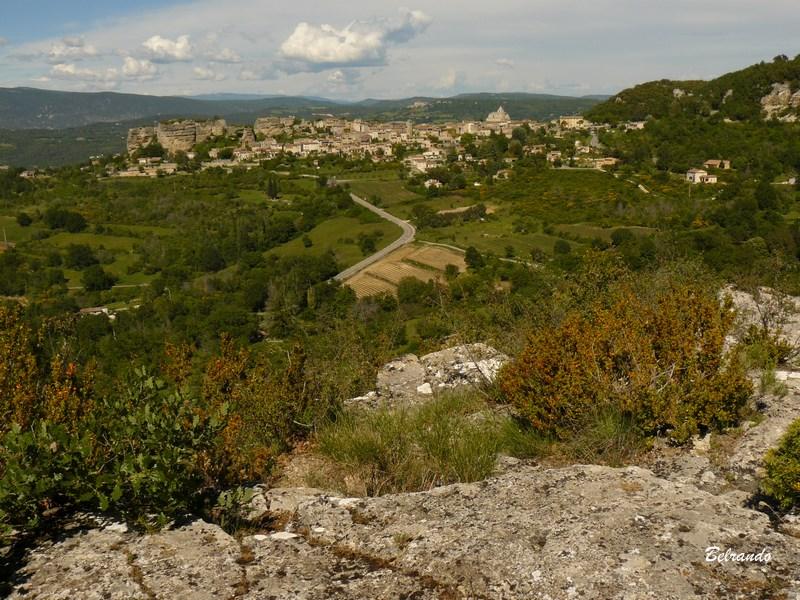 Saignon depuis les hauteurs de Saint-Michel
