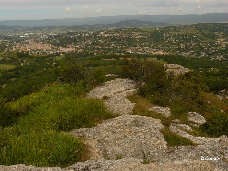 Vue sur Apt et les Monts du Vaucluse