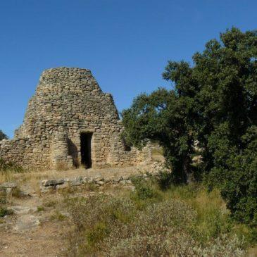 Balade à la découverte des bories du Tallagard à Salon-de-Provence