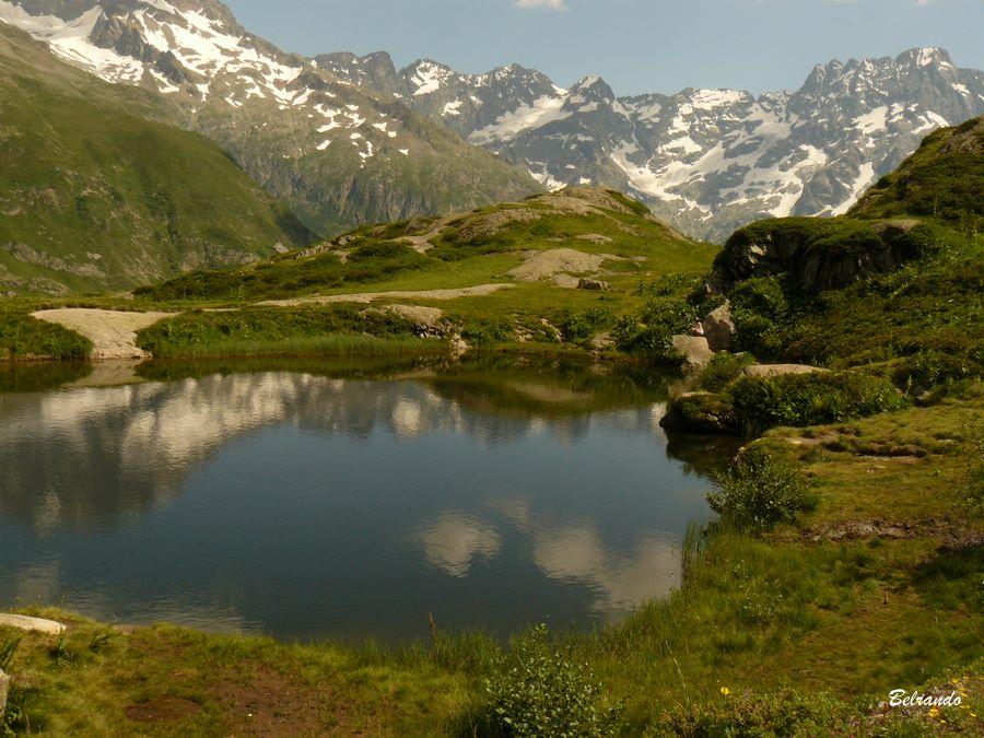 lac du lauzon et massifs environnants