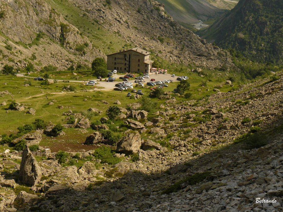 Le refuge de Gioberney depuis le sentier de retour.