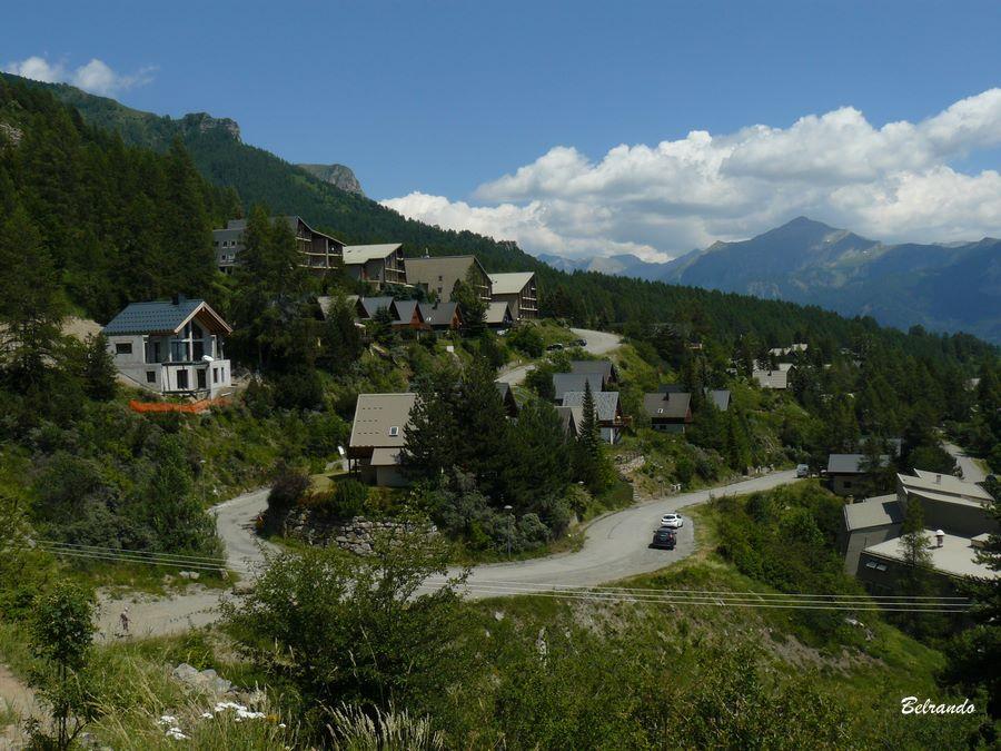 Vue arrière sur la station de ski de Chaillol