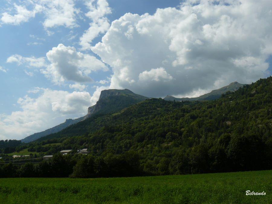 Vue arrière sur le mont Palastre