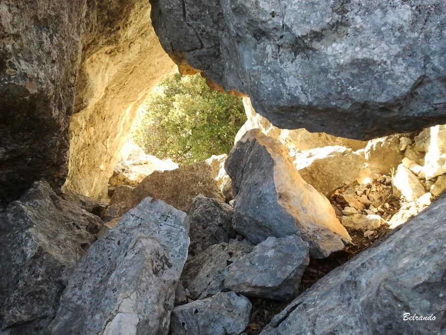 rochers et trou