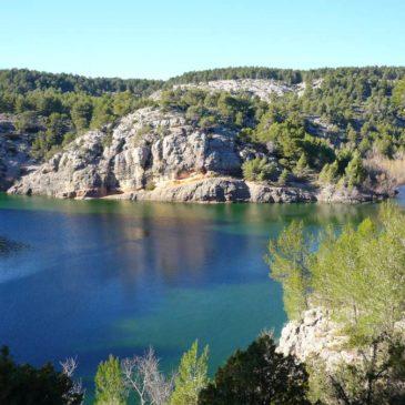Circuit de randonnée : barrage Zola, rives de la Cause et gorges des Infernets