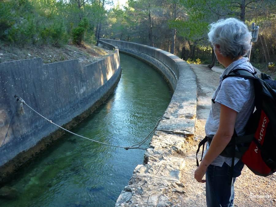 Le canal de dérivation des eaux de Bimont