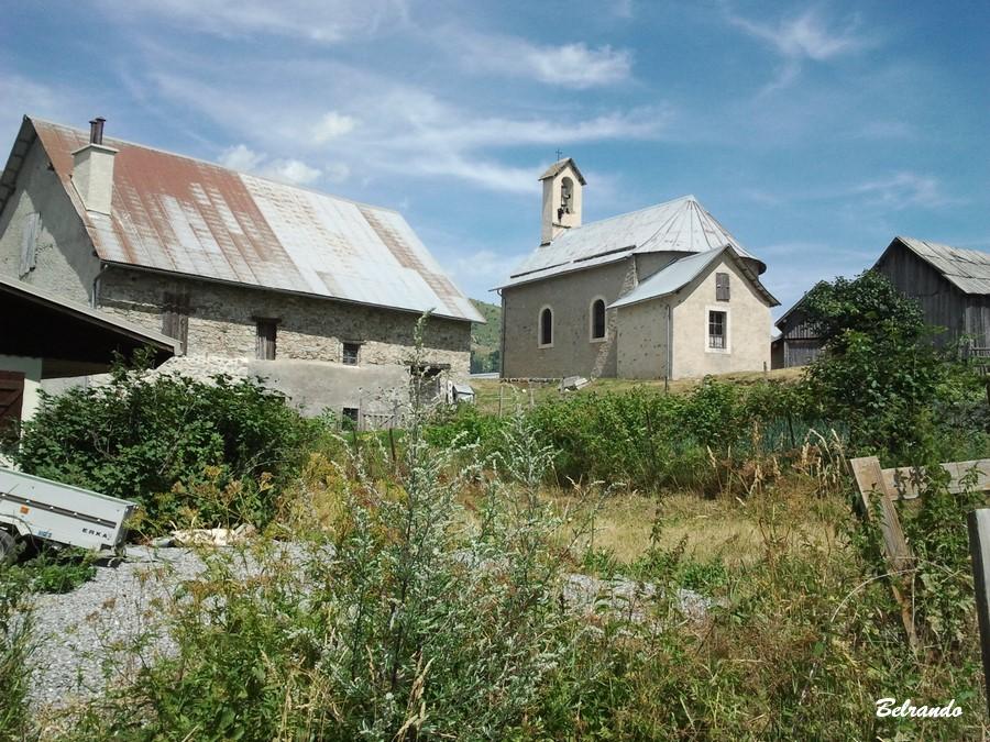 Eglise, grange en bois
