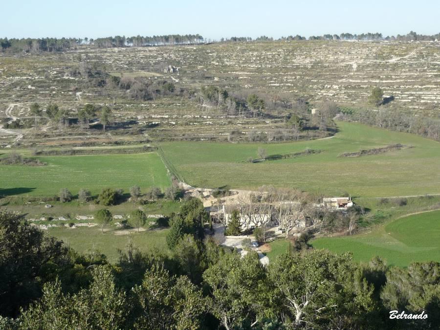 Vue sur les collines de Saint-Martin et la plaine du Boulidou.