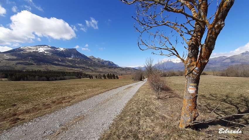 Suite du parcours jusqu'à la petite cabane Roussel