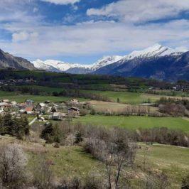 Vue sur le hameau de la Villette, Soleil Boeuf et la Grande Autane.